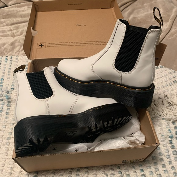 platform chelsea boots doc martens